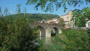 Castello di Monastero Bormida e il Ponte romanico sul fiume Bormida